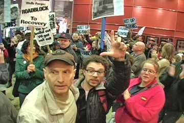 Scenes inside the Wells Fargo Chicago Offices lobby during protest. Photo: Labor Beat.